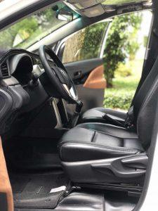 nội thất xe innova