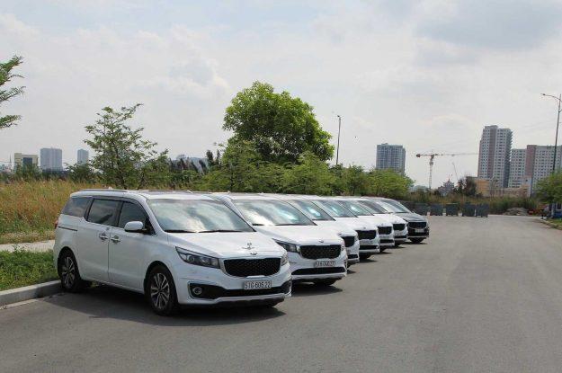 Dịch vụ cho thuê xe Kia Sedona 7 chỗ có tài xế TPHCM