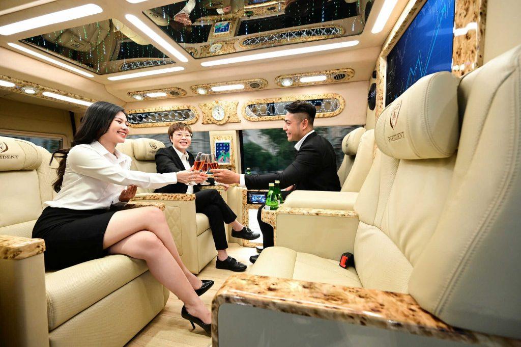 đặt xe limousine đi vũng tàu